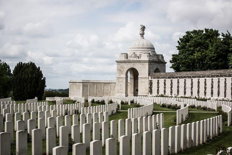 Tyne Cot Cemetery in Passendale herdenkt de slachtoffers van WO I. Beeld Bas Bogaerts