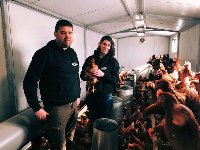 In Villa Kakelbont zijn Melissa Pauwels en Jan Rowies de kippenboeren.