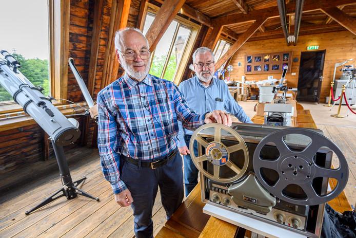 Hans Pepers en Bram Dorreman (beiden 70-plusser) waren als maanobservatoren betrokken bij de Apollo-11 missie, komend weekeinde vijftig jaar geleden.