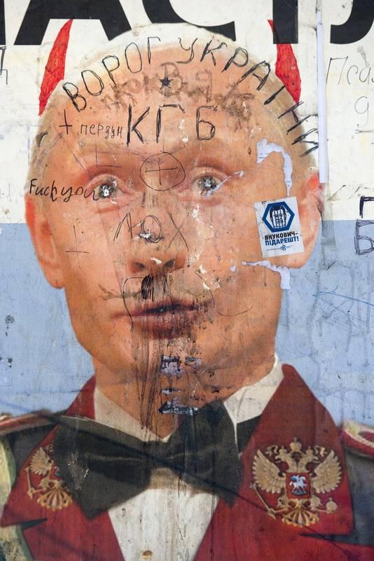 Een satirische affiche van Poetin in Kiev.