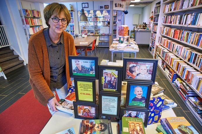 Wies Dragt in haar boekenwinkel Bookies te Veghel. Foto i.v.m. goededoelenactie. Fotograaf: Van Assendelft/Jeroen Appels