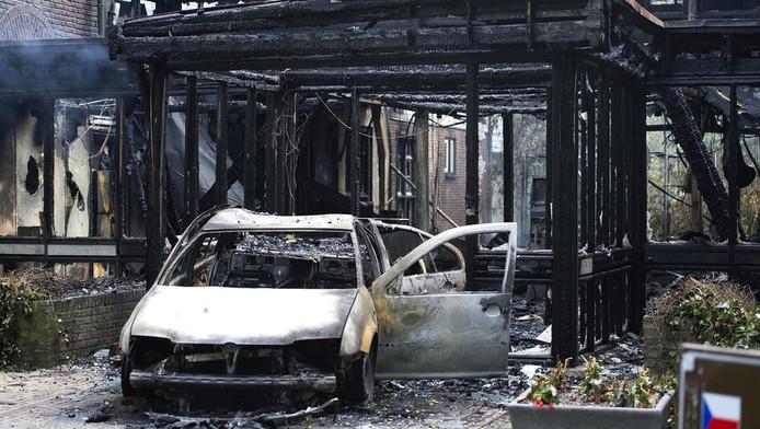 De ravage in Waalre na de brand