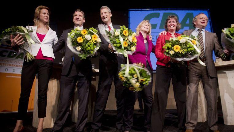 Van links naar rechts: kandidaat-lijsttrekkers Mona Keijzer, Sybrand van Haersma Buma, Marcel Wintels, Madeleine van Toorenburg, Liesbeth Spies en Henk Bleker na afloop van het laatste debat. Beeld anp