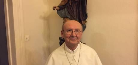 Abt Denis Hendrickx van Abdij van Berne herkozen