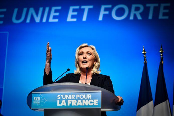 Marine Le Pen werd herkozen als partijleider van de uiterst rechtse Franse partij Rassemblement National.