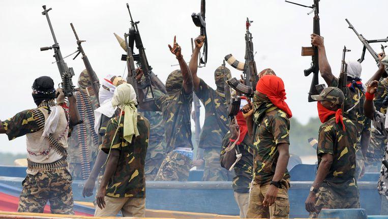 Nigeriaanse rebellen liet het platform woensdagavond ontploffen.