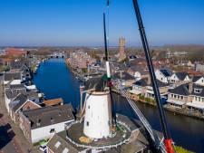 Spectaculair: nieuwe wieken op molen De Arkduif getakeld
