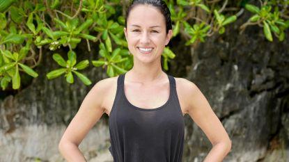 """Voormalig Miss België-finaliste Chloe doet mee aan 'Expeditie Robinson': """"Vervelend, zo zonder toilet"""""""