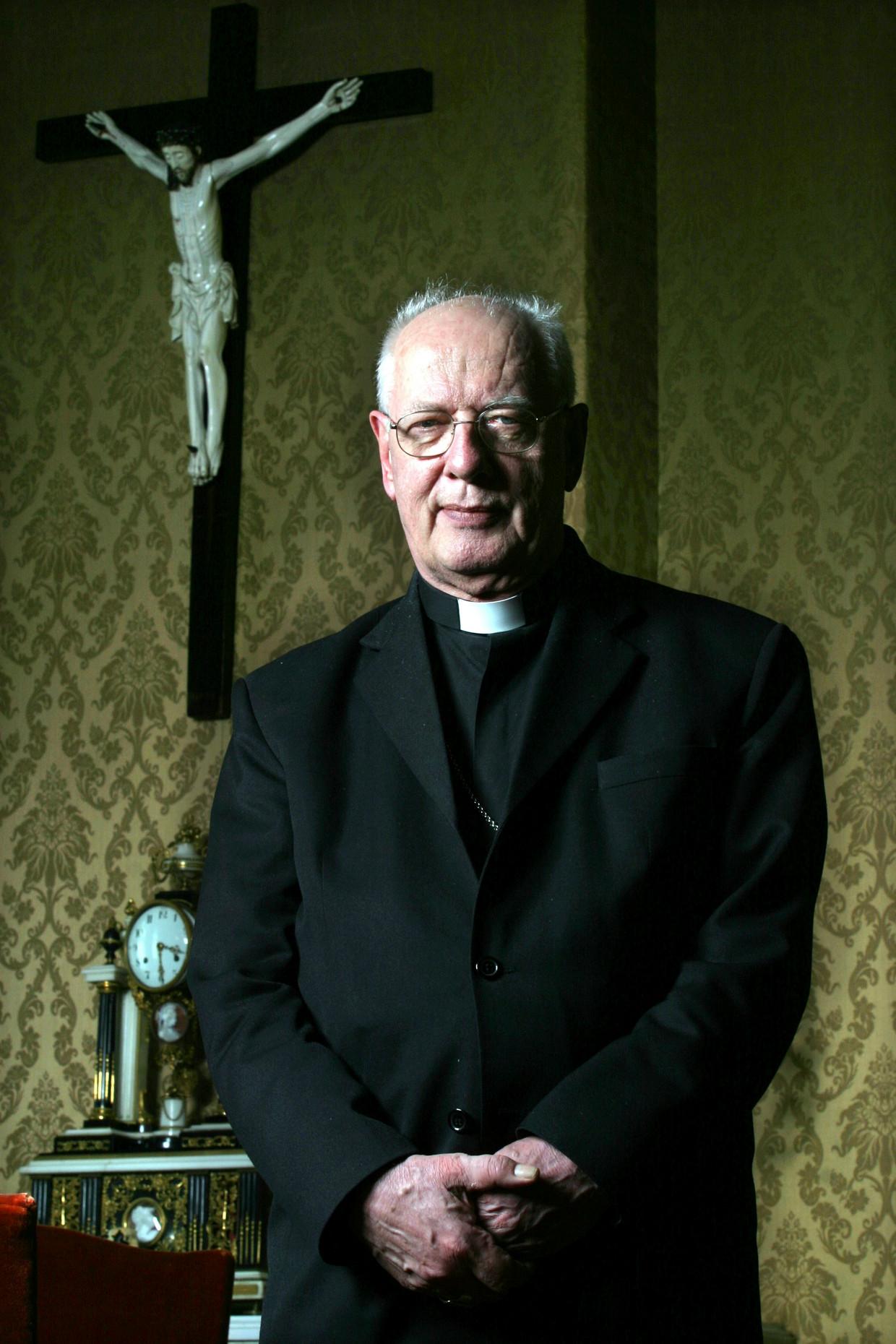 Kardinaal Simonis in 2005. Beeld Bert Verhoeff / HH