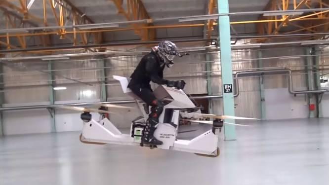 Vliegende motorfiets toont nieuwe optie voor stadsvervoer