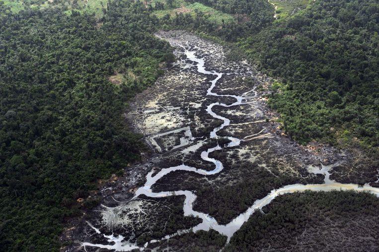 Olievervuiling in de Nigerdelta in 2013. Beeld AFP