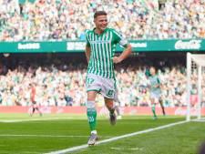 Joaquín (38) schiet Di Stéfano uit de recordboeken met hattrick in 20 minuten