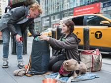 Stichting Sheltersuit goes USA, en de manager van The Rolling Stones helpt een handje mee