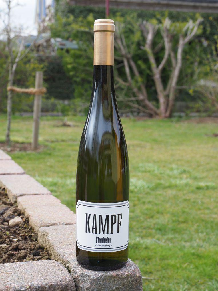 Flonheim riesling van wijnhuis Kampf. Beeld -