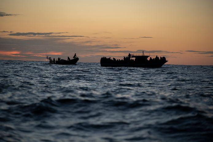 Près de 60 migrants cherchant à rejoindre l'Europe, parmi lesquels des femmes et des enfants, sont morts noyés lundi dans un naufrage au large de la Libye (photo d'archives).
