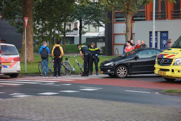 Fietser Geschept Door Automobilist In Tiel Rivierenland