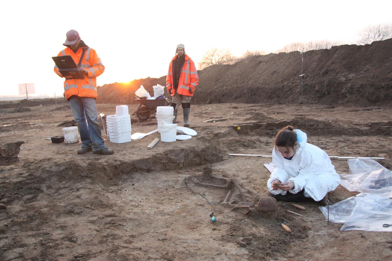 Opgravingen bij industrieterrein Medel in Tiel.
