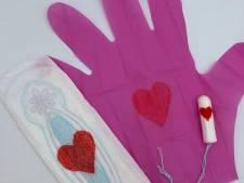 Les Pinky Gloves, les gants menstruels qui font un bad buzz