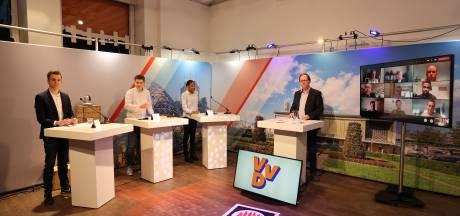 Studenten Summa College in debat met politici: 'Ze draaien om de vraag heen'