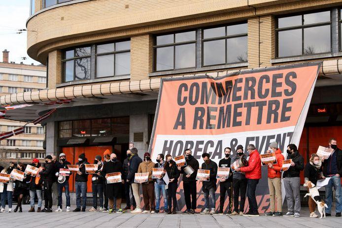Mobilisation devant le Café Belga, à Ixelles