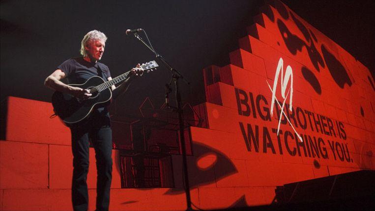 De 67-jarige Roger Waters bracht een over the top schouwspel. Foto's Alex Vanhee. Beeld UNKNOWN