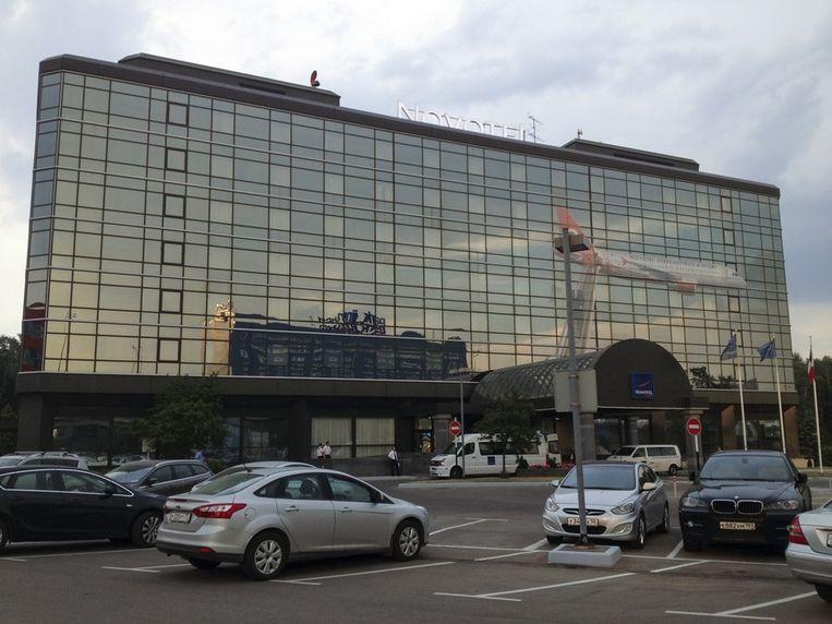 Het hotel Novotel op de luchthaven Sjeremetjevo bij Moskou. Het hotel beschikt over een vleugel die hoort bij de transitruimte van de luchthaven, mogelijk onderkomen van Edward Snowden. Beeld ap