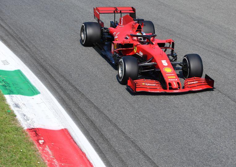 Ferrari driver Sebastian Vettel of Germany steers his car during the Formula One Grand Prix at the Monza racetrack in Monza, Italy, Sunday, Sept.6 , 2020. (Jennifer Lorenzini, Pool via AP) Beeld AP