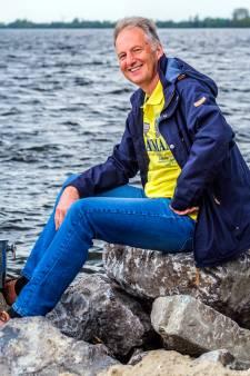 Ron (67) brengt boodschappen naar de duurste jachten, van Cannes tot Dubrovnik