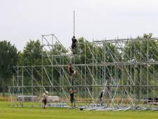 Slecht festivalnieuws valt bouwers rauw op dak, maar Paaspop zet opbouw door