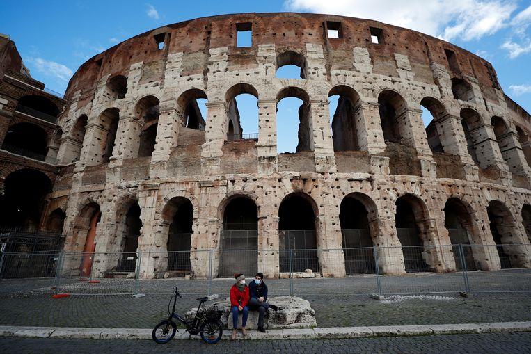 Rust bij het Colosseum in Rome, afgelopen maandag. Beeld REUTERS