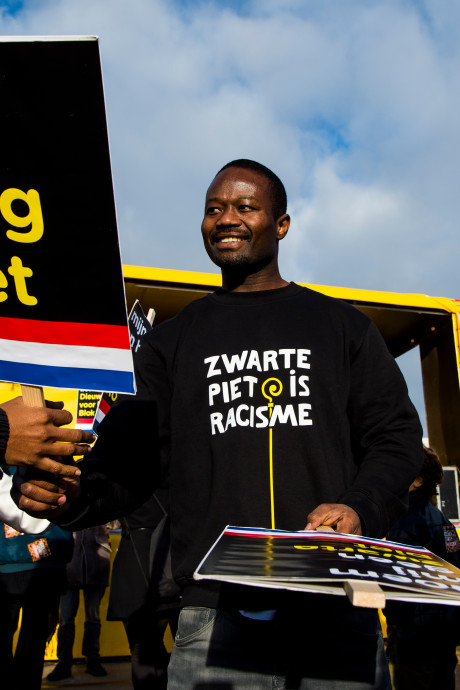 Twee acties Kick Out Zwarte Piet in Den Haag bij intocht Sint