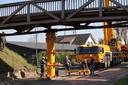 Fietsbrug in Drunen is total loss en verwijderd.