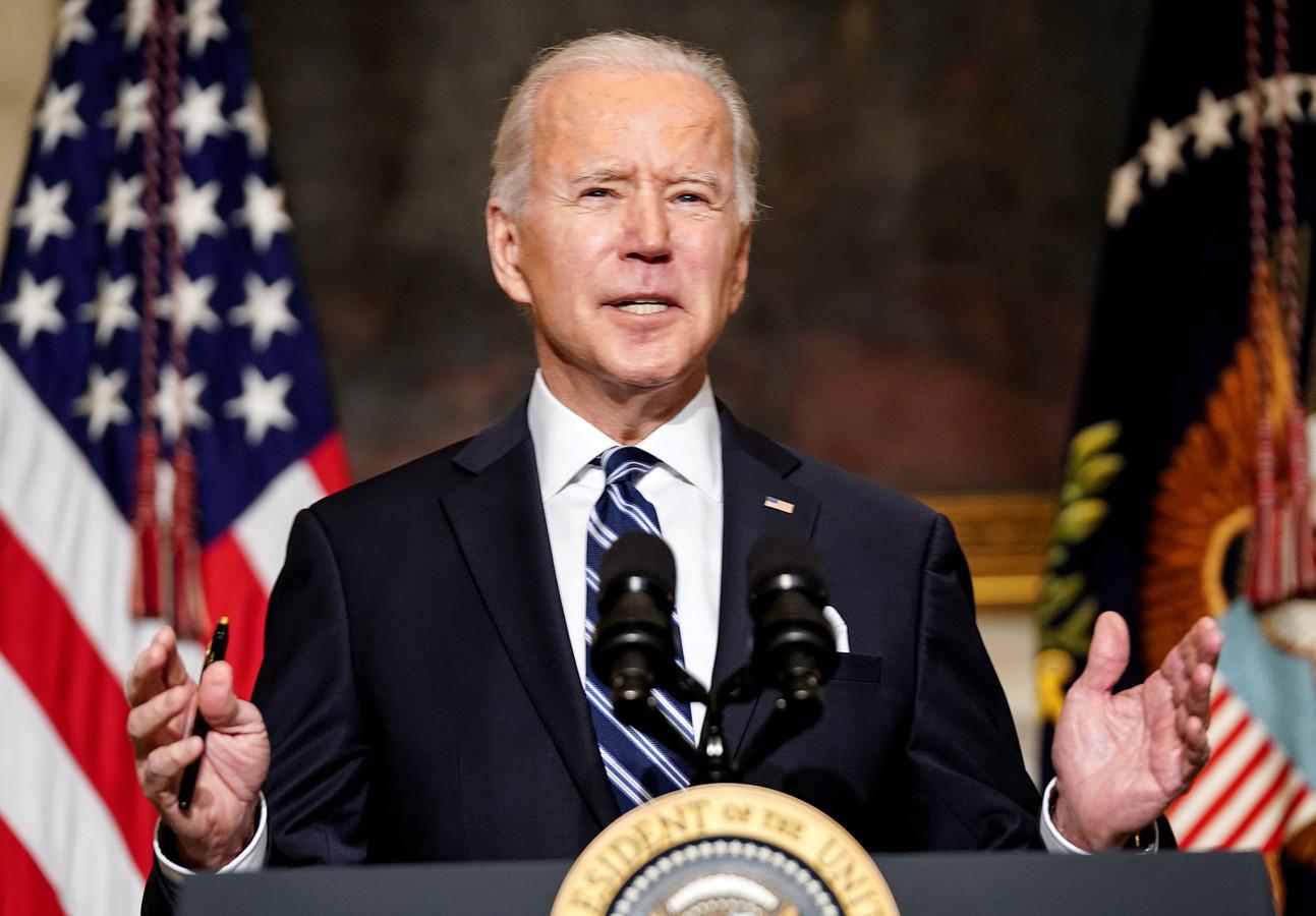 Vanaf zijn eerste werkdag voert Joe Biden een ander beleid jegens Saoedi-Arabië. Het persoonlijke 'fluwelen handschoenenbeleid' van Donald Trump heeft plaatsgemaakt voor een afstandelijker beleid waarin mensenrechten ook weer een rol mogen spelen. (Foto REUTERS/Kevin Lamarque)