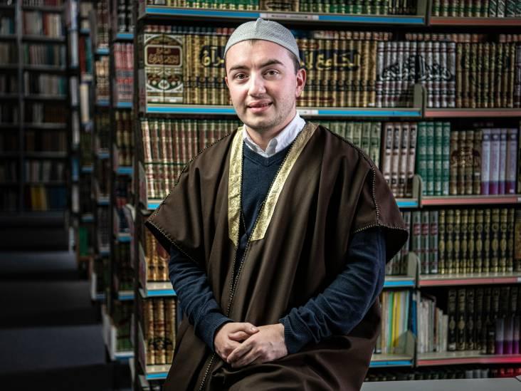 Imam Osman Celil Ziylan: 'De dood is niet het einde van het leven, maar het begin van het oneindige'