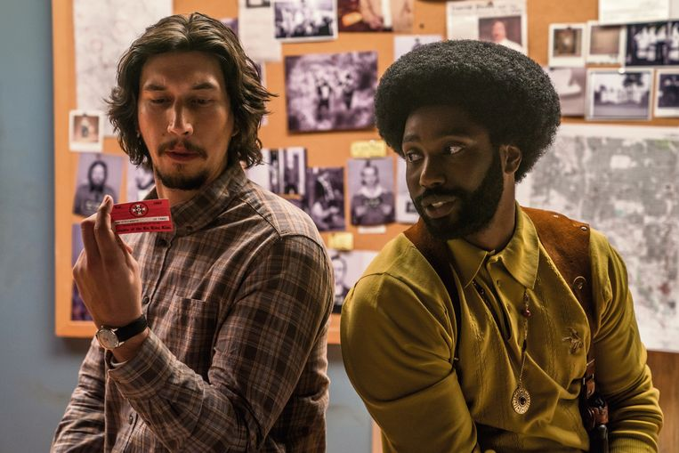 Adam Driver en John David Washington in 'BlacKkKLansman'. Beeld RV / David Lee / Focus Features