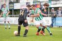 Actie van Kloetinge-aanvaller Xander van der Poel.