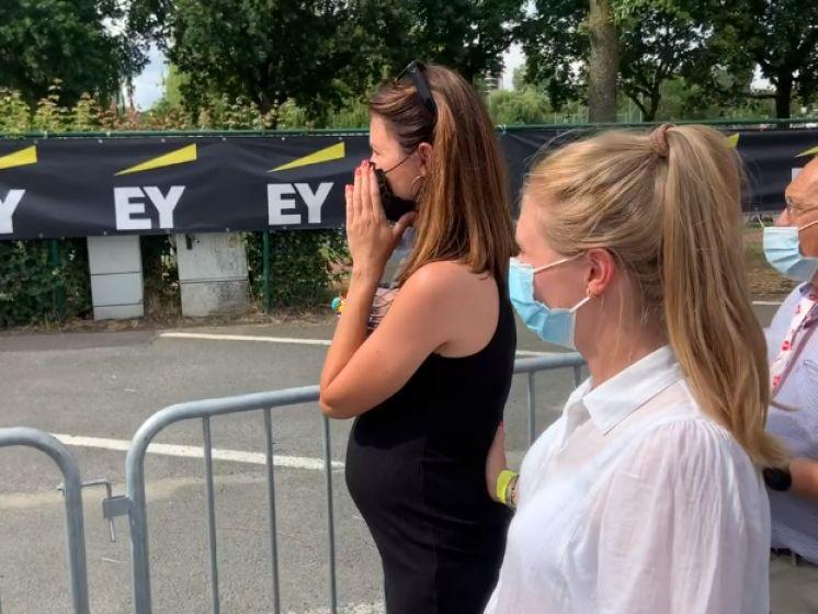 """De prangende sprint door de ogen van partners Van Aert en Theuns: """"Dit had ik niet verwacht"""""""