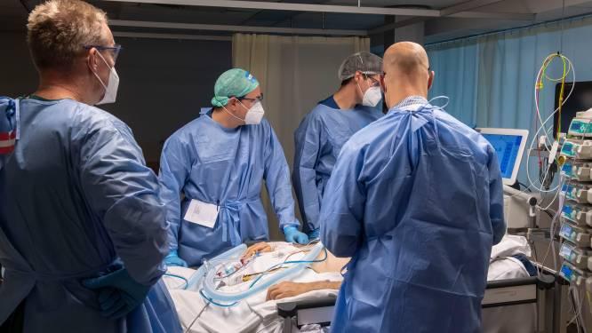 Het gaat steeds meer knellen in de Utrechtse ziekenhuizen en dat komt niet alleen door corona
