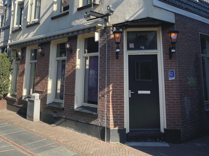 Café Rembrandt aan de Stadsgravenstraat.