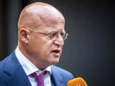Vier op tien Nederlanders: Grapperhaus niet meer geloofwaardig na bruiloft