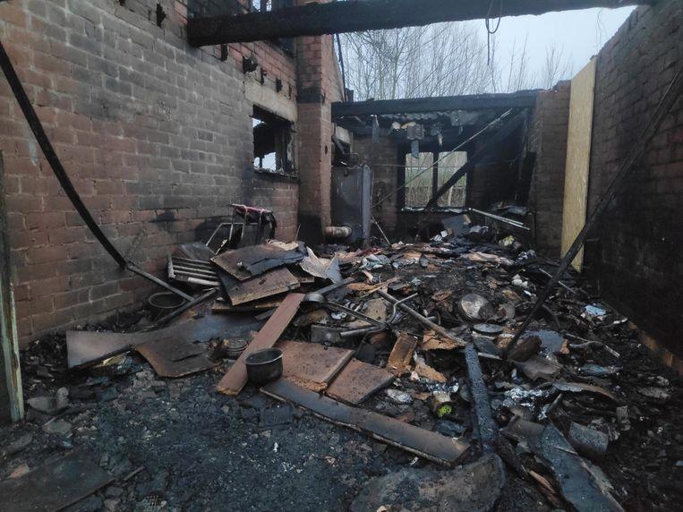 De brand ontstond in de garage.