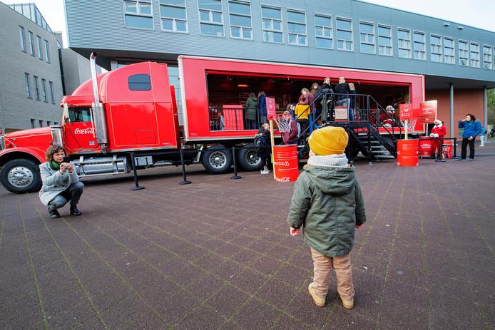 Nijmegen/Nederland: CocaCola truck op HAN campusDgfotofoto: Bert Beelen