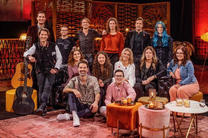 De artiesten en jongeren die deze bijzondere uitzending van 'Liefde voor Muziek' opfleurden