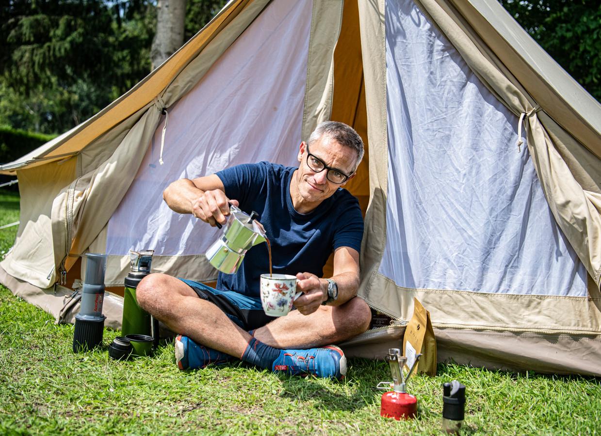 Gijs Loning is een onafhankelijk outdoorexpert. Hij test buitensportartikelen en geeft workshops. Meer informatie vind je op zijn site outdoorguru.com en op zijn YouTubekanaal.