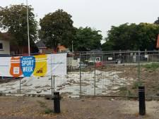 Asbest Akkerstraat Vlijmen afgedekt met plastic