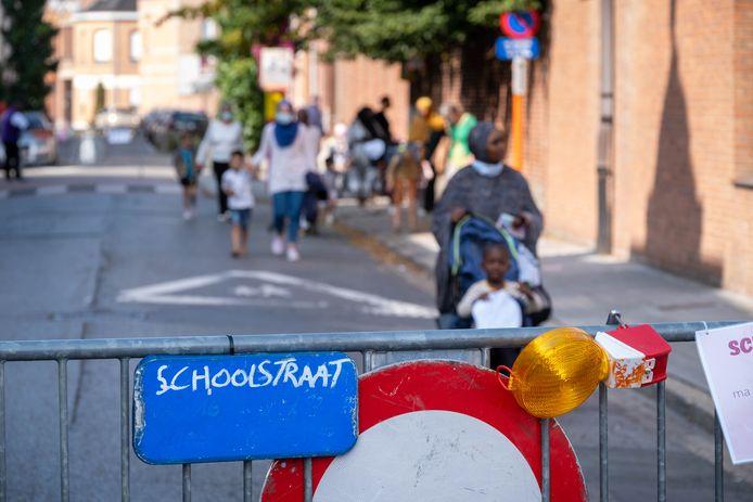 De schoolstraat aan Victor Van de Walle