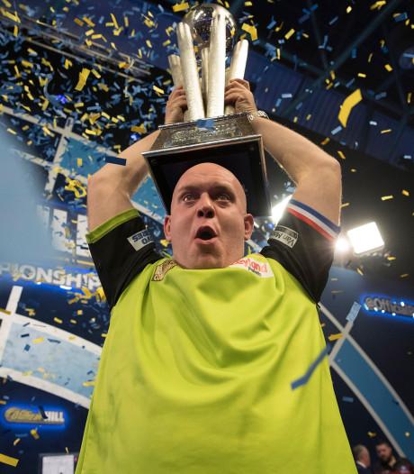 Wereldkampioen Van Gerwen grote winnaar op PDC-gala in Londen