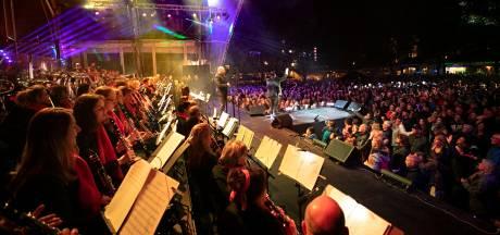 Online van optreden naar optreden bij Deurne Streamt Oranje