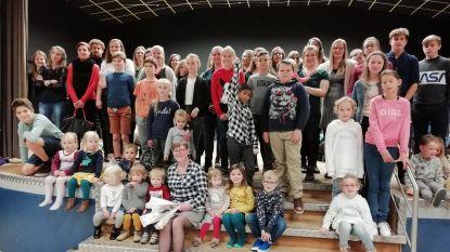 Moeke Hilde neemt afscheid van haar 120 kinderen