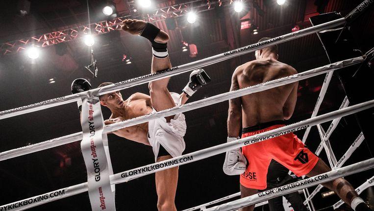 Naar het hoofd schoppen wordt straks verboden voor jonge vechtsporters. Beeld anp